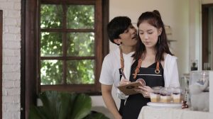 5 Fakta Ini Menjawab Bahwa Wanita Keras Kepala Menjadi Istri Idaman, Setuju?