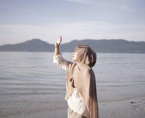 Kamu Yang Kusebut Dalam Doa, Nyatanya Dia Juga Mendoakanmu