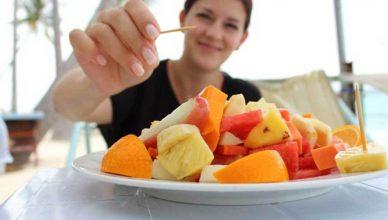 buah yang tidak direkomendasikan untuk berbuka puasa