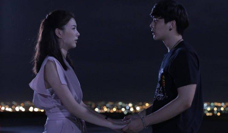 Hal romantis bersama pasangan