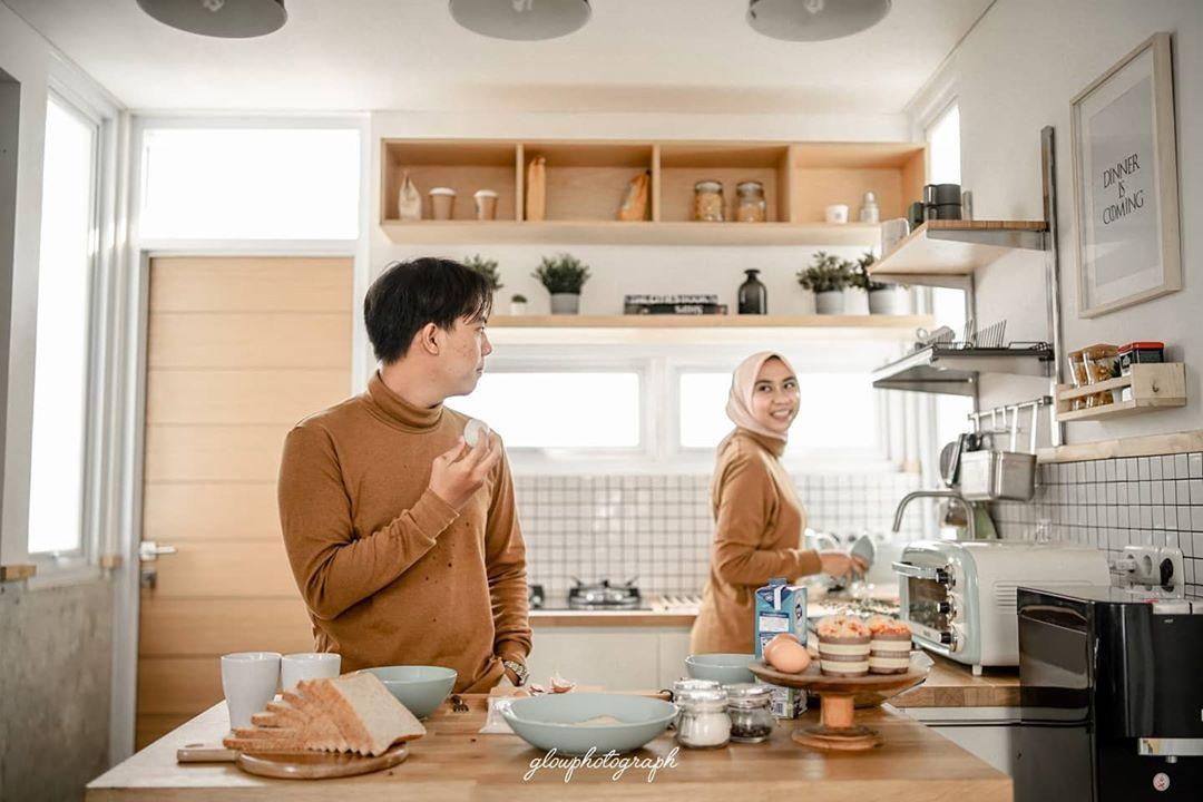 Suami istri saling mengingatkan