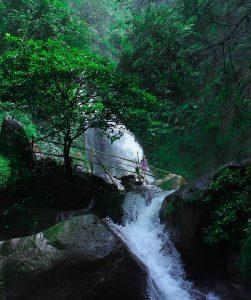 Curug Ciherang Bogor, Curug yang Menenagkan di Kaki Gunung Salak