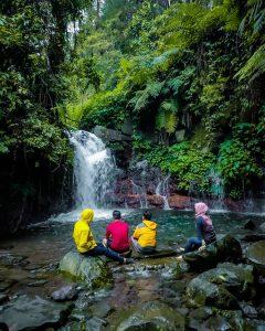 Curug Cipeteuy Bogor, Tempat Asyik Kongkow Para Anak Curug