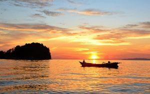 Menjalajahi Taman Nasional Togean di Teluk Tomimi, Sulawesi Tengah