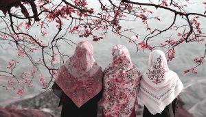 Hijrah Tak Bisa Terus Sendirian, Carilah Teman Yang Bisa Menguatkan Hijrahmu