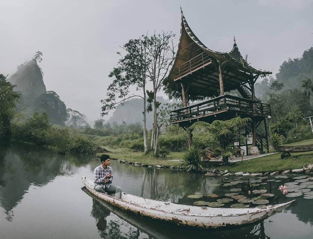 Lembah Tarako Padang