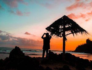 Menikmati Eksotisme Pantai Nampu Gunung Kidul di Selatan Jawa