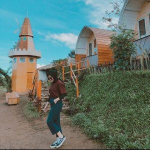 Rumah Kurcaci D'Sawah, Tempat Wisata Baru di Malino yang Bikin Nyaman
