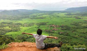 Menikmati Destinasi Wisata Alam Terbaik di Tebing Panenjoan