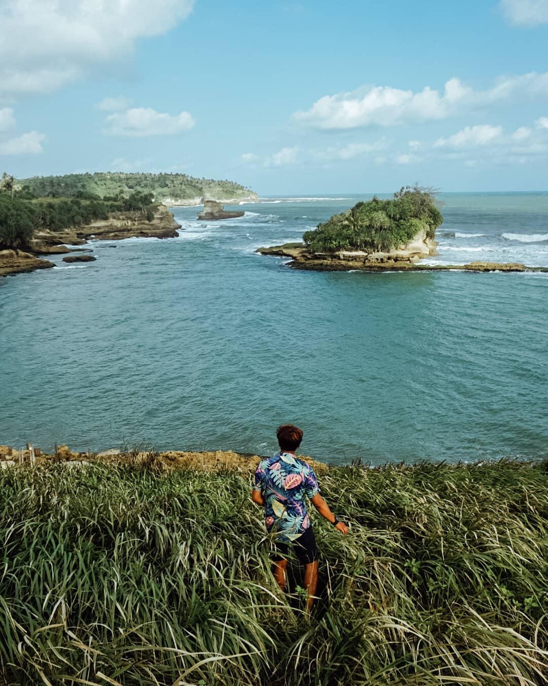 Pantai Amanda Ratu Sukabumi
