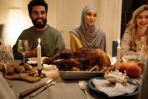 Berbuka Puasa Dengan Keluarga, Manis dan Nikmatnya Terasa