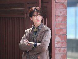 Santa Pongsapak Oudompoch, Aktor Rookie di 7 Project Series